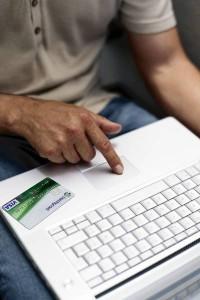 Mit Kreditkarten sicher online shoppen
