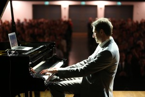 Martin Klapheck, der Mann mit dem Piano