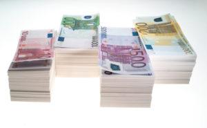 Euroscheine auf weiss